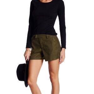 Level 99 Slack Linen Blend Shorts
